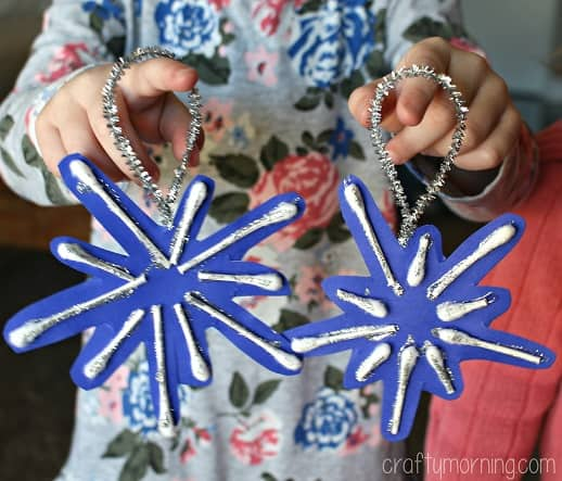 Holiday Craft For Kids Q Tip Snowflakes Parkland Players